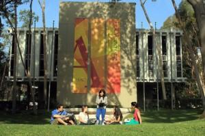 USC-Annenberg-campus-621x413